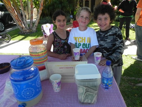 kids lemonade stand in LA