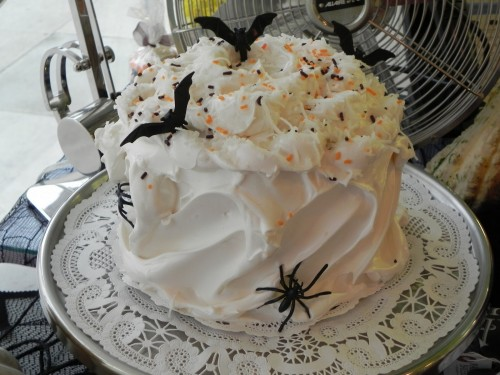 HALLOWEEN cake from magnolia bakery