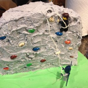 rock climbing cake mom food blogger los angeles