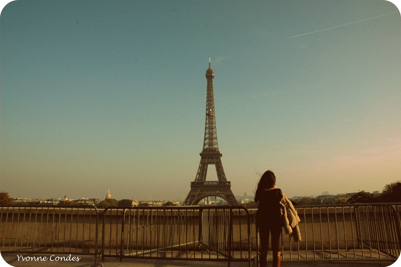Girl at the Eifel Tower (photo by Yvonne Condes)