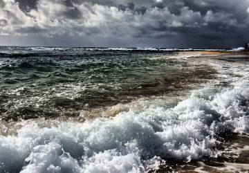 Poipu-Beach-Kauai-Yvonne_Condes