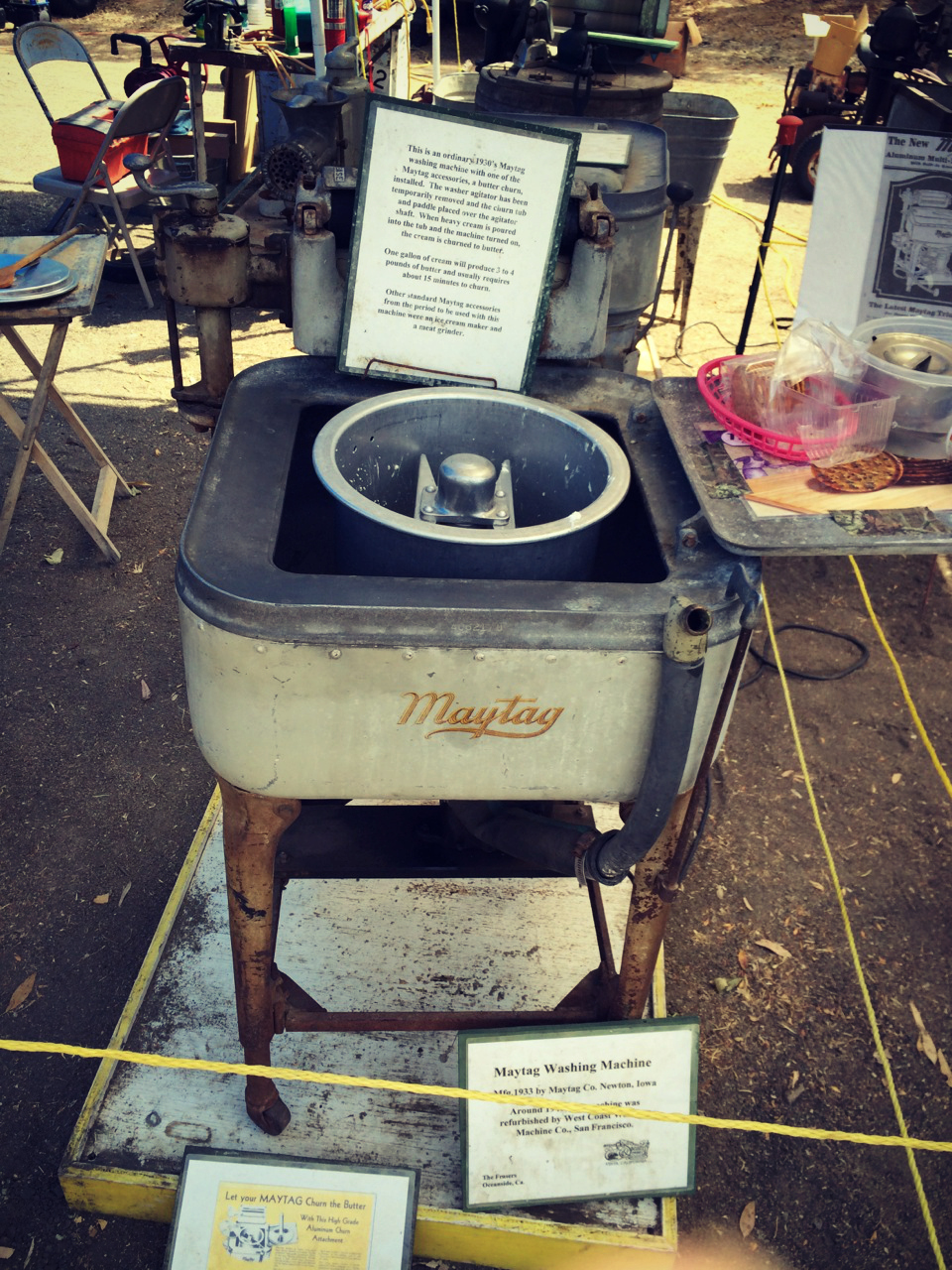 Antique-washing-machine-photo-by-yvonne-condes