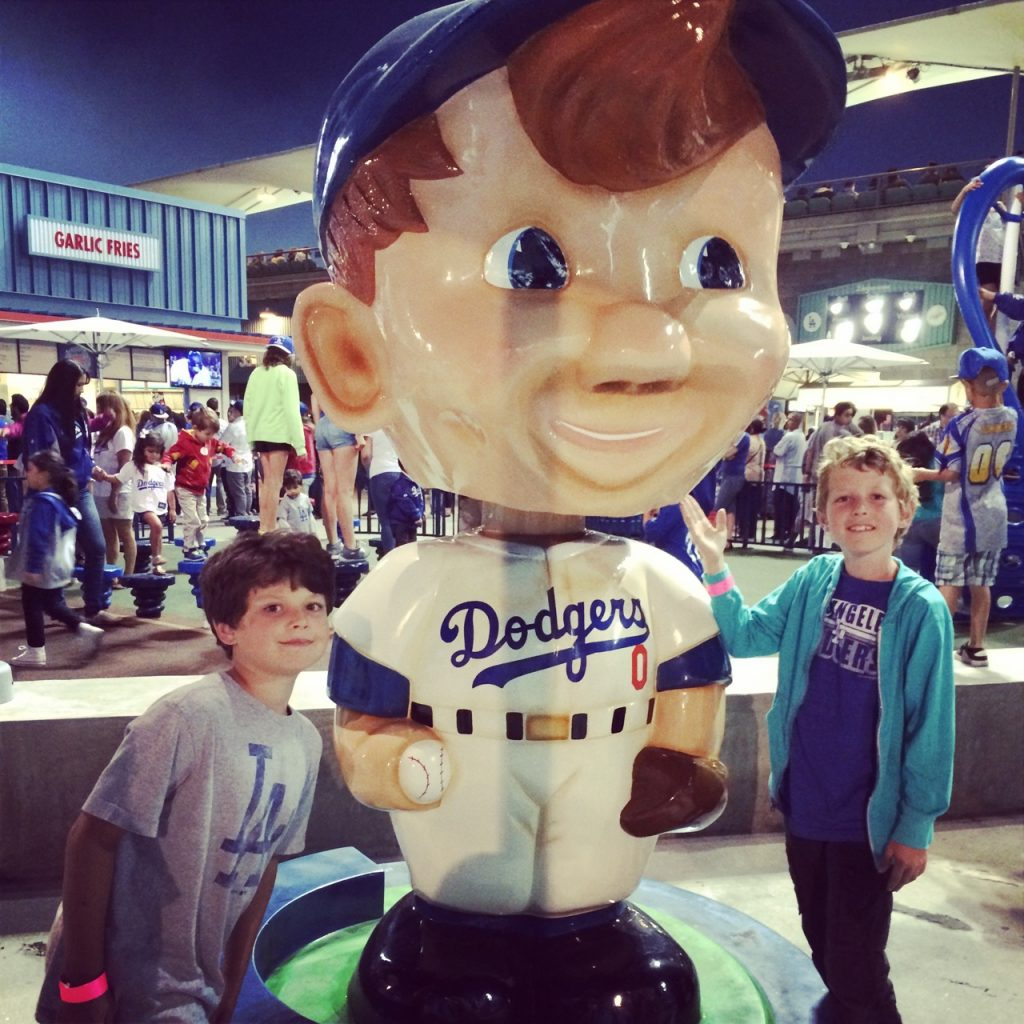 DodgerGiantBobbleHead