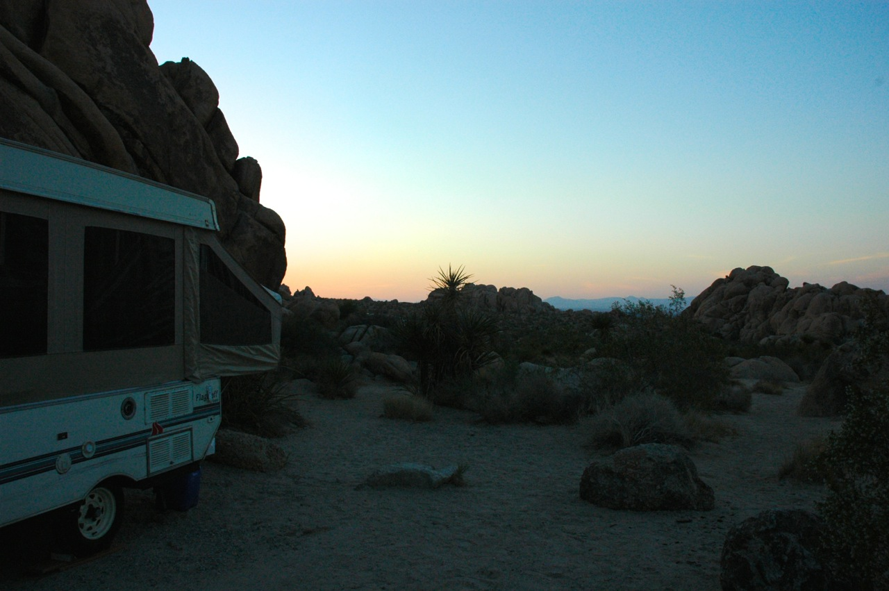 Joshua-tree-camper-photo-by-yvonne-condes