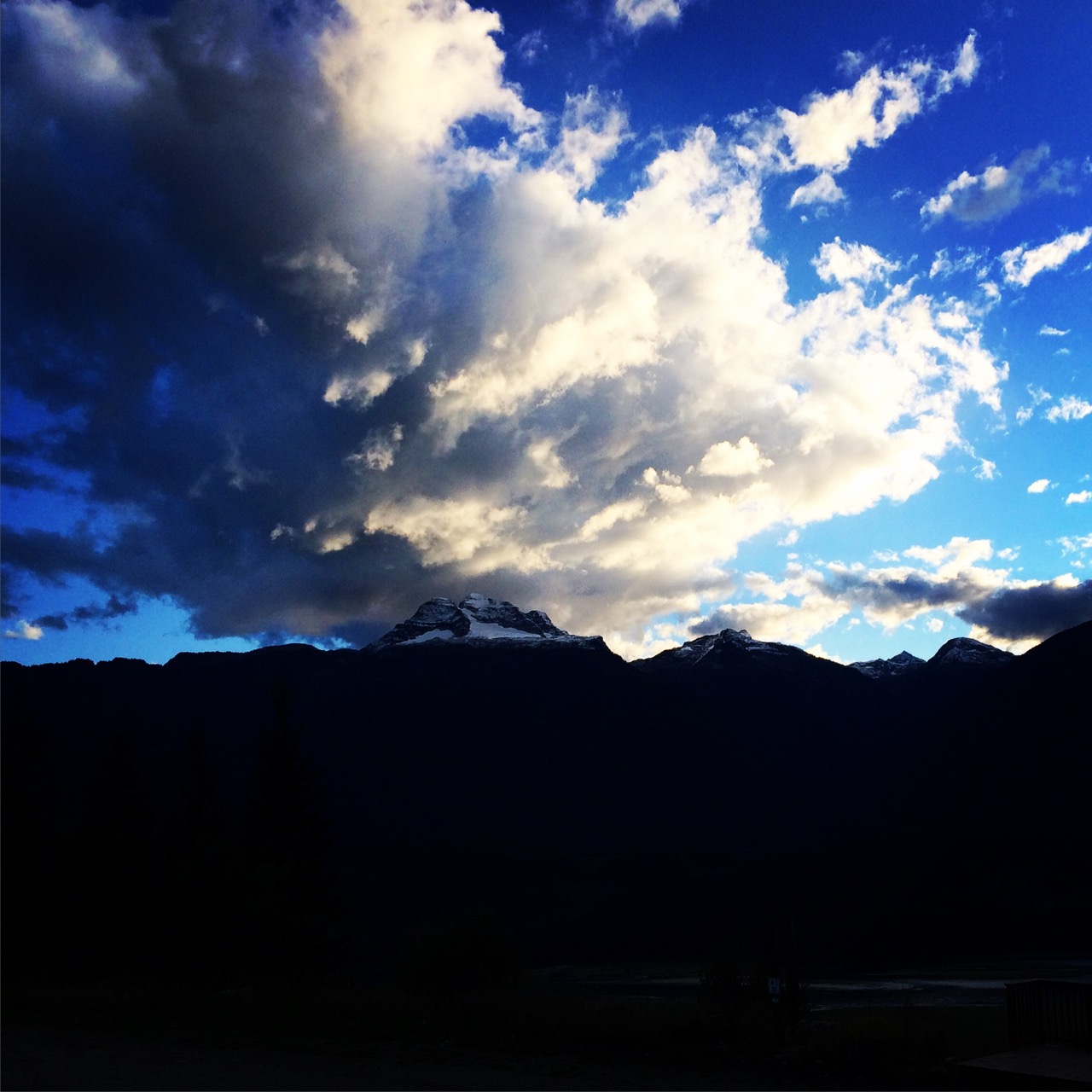 Clouds-over-mountain-Revelstoke-yvonne-condes