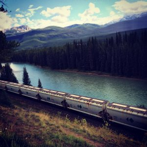 Train-Banff-yvonne-condes